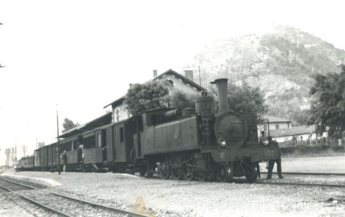 [Gare de Saint-Martin-du-Var, 1947. Photo Laurent P. Fonds Cauvin Marcel. Coll. Roudoule.]